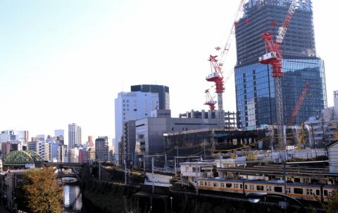 東京への大学集中、是正検討 自然の流れに任せよう