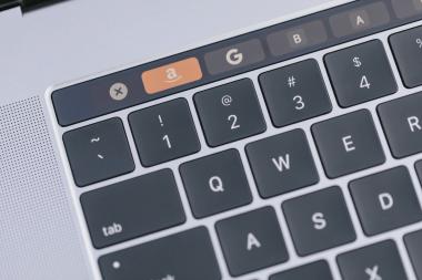 新MacBook Proに不具合か Appleは修理受付を停止している模様